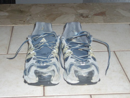 alte Adidas Laufschuhe
